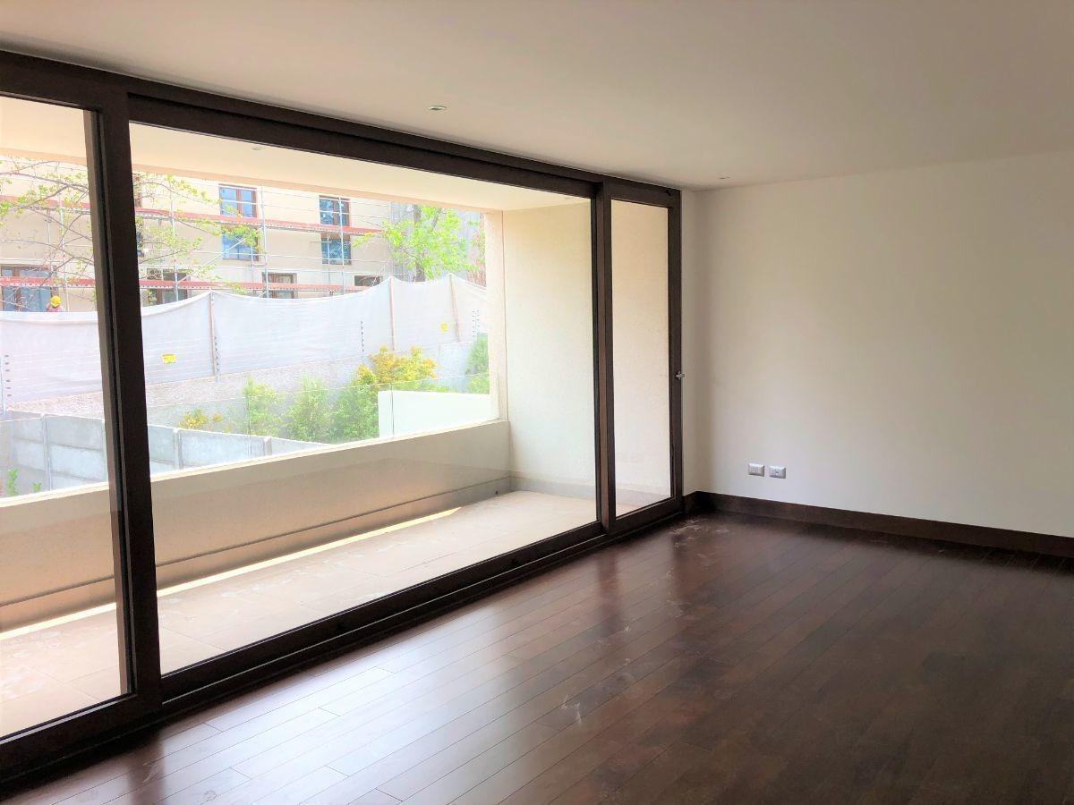 nueva: luminosa y amplia casa en los dominicos dentro de condominio