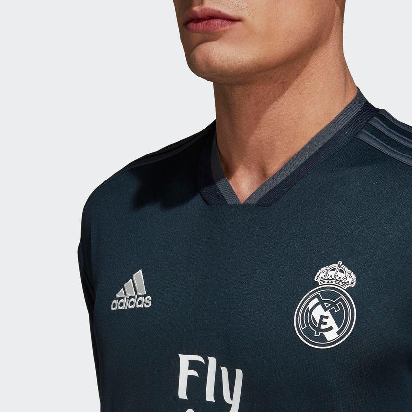 Nueva Playera Jersey Real Madrid Gris 2018-2019 -   549.00 en ... 01d08c257684e