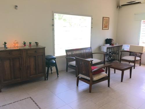 nueva y amplia casa con pileta ideal familias con niños