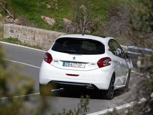 nuevo 208 gti 1.6 thp (turbo) - 208 cv - 0km (f)