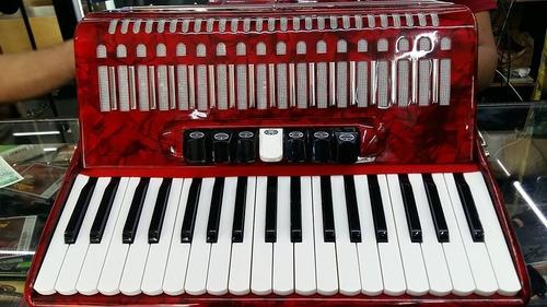 nuevo, acordeon scandall, de 80 bajos, 7 registros,