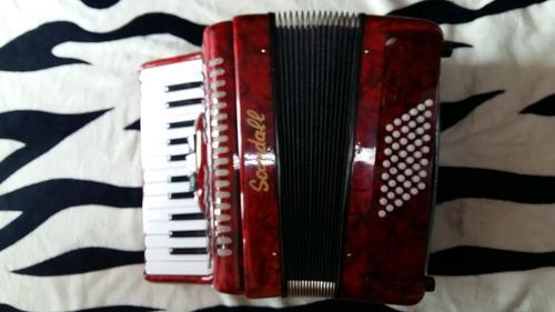 nuevo acordeon scandall de excelente calidad..!!!