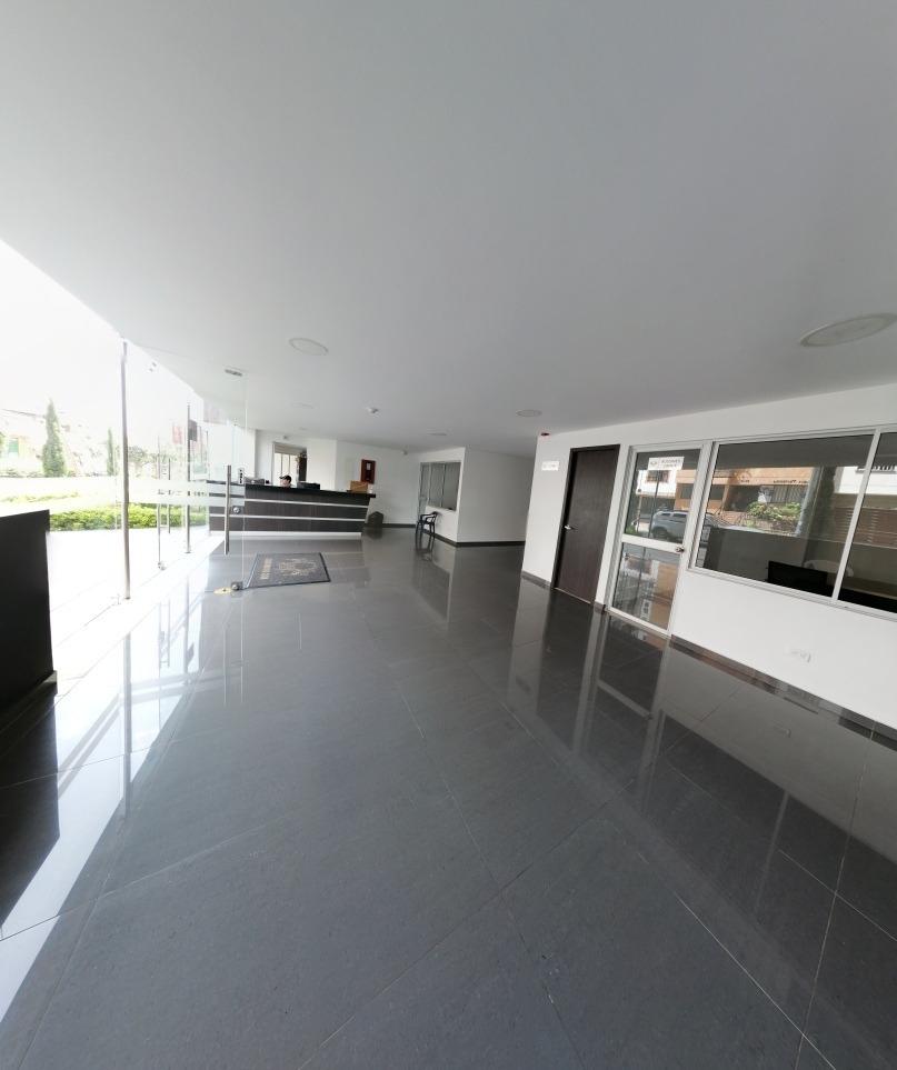 nuevo apartamento, amplio, seguro, central
