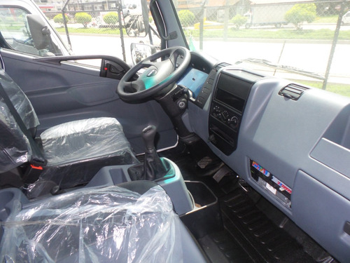 nuevo camion chasis  fuso fi 10.4 llanta 22.5