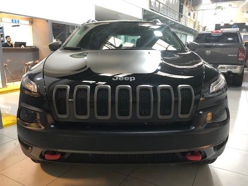 nuevo jeep  cherokee trailhawk 3.2 v6 at9 4x4 270 hp