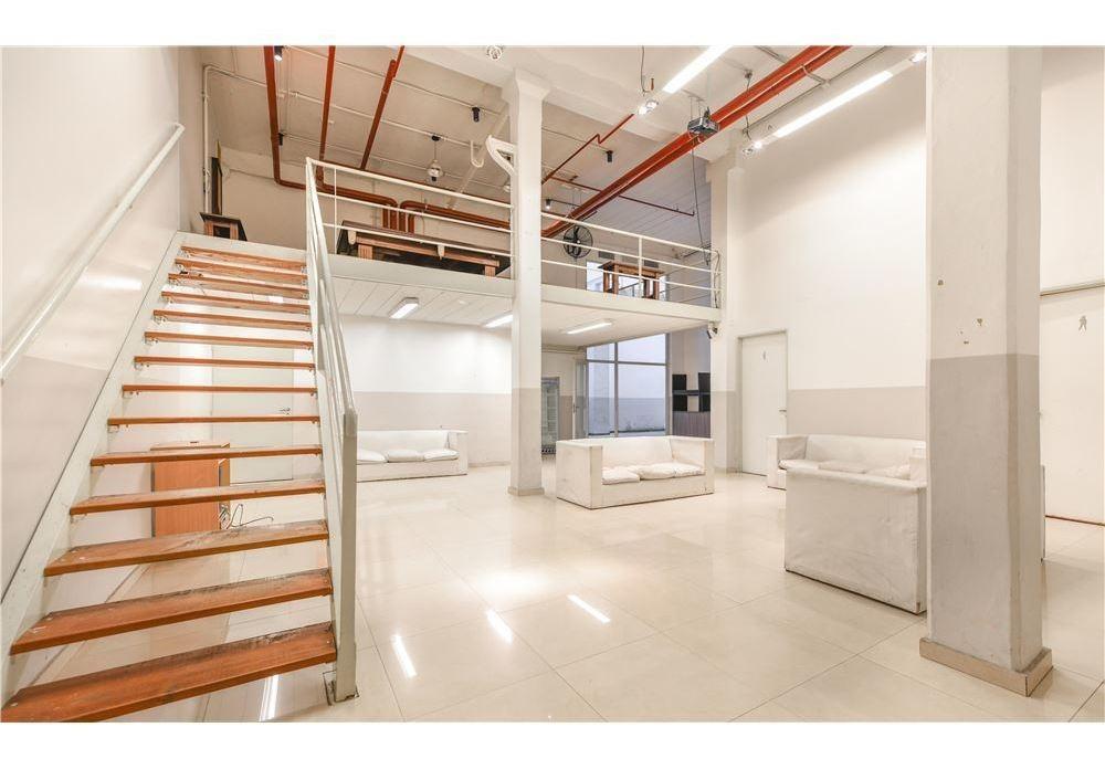 nuevo precio!oficina venta barracas 200 m2+cochera