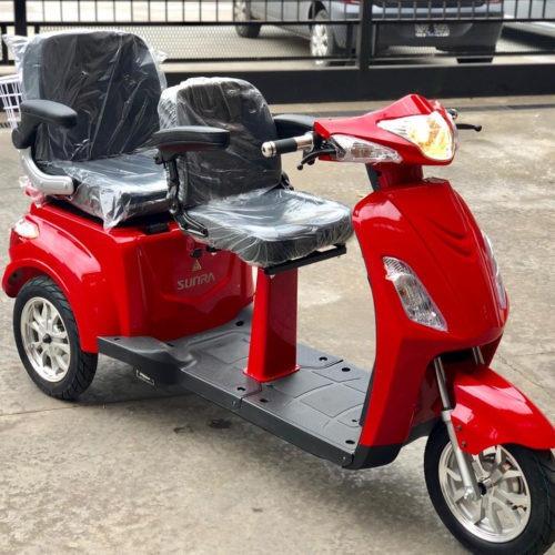 nuevo scooter triciclo shino para 2 personas sunra. !!!!