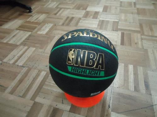 nuevos diseños de balón de basquet marca spalding nba