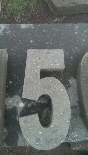 numeros en cantera natural de 30cm