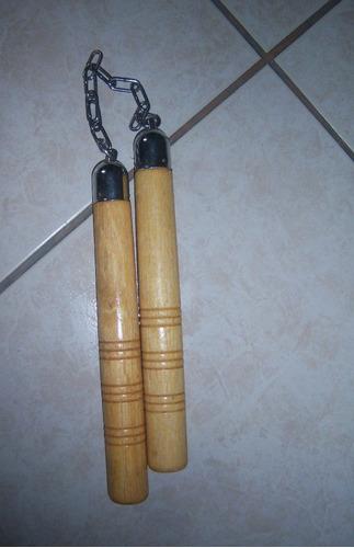 nunchakus, chacos madera entrena bruce lee