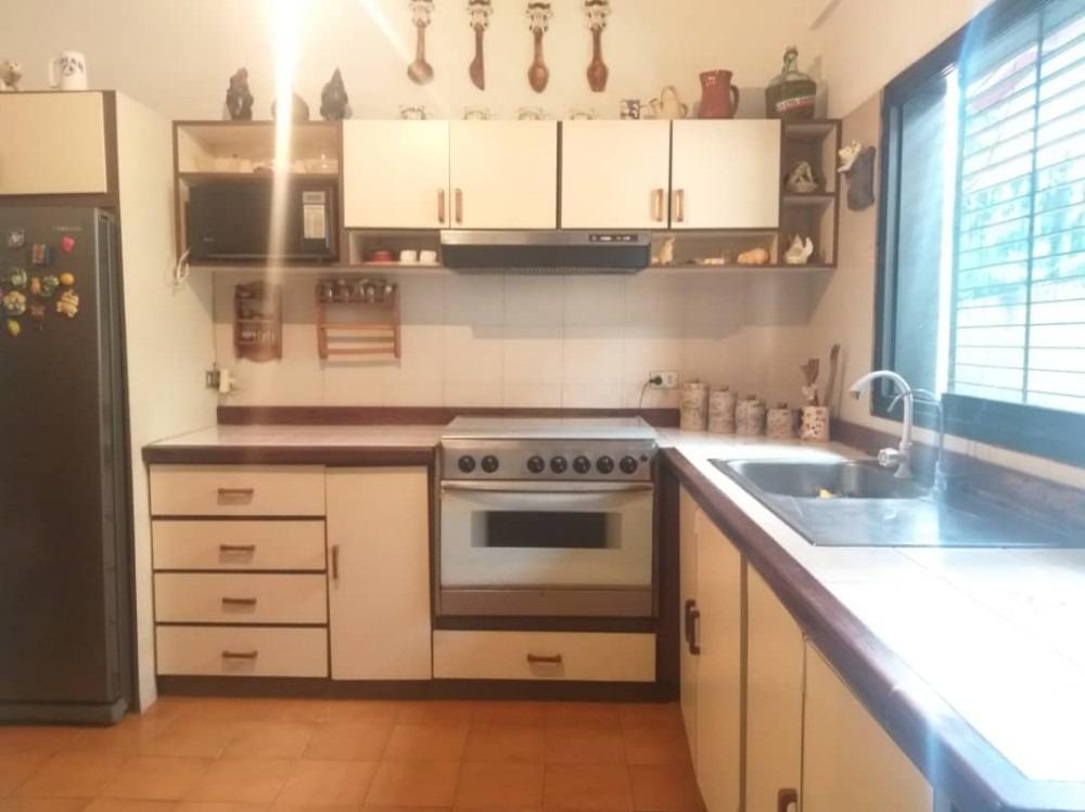 nv 04145854508 las chimeneas  casa en venta