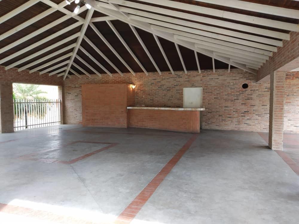 nv 04145854508 san diego, laguna club casa en venta