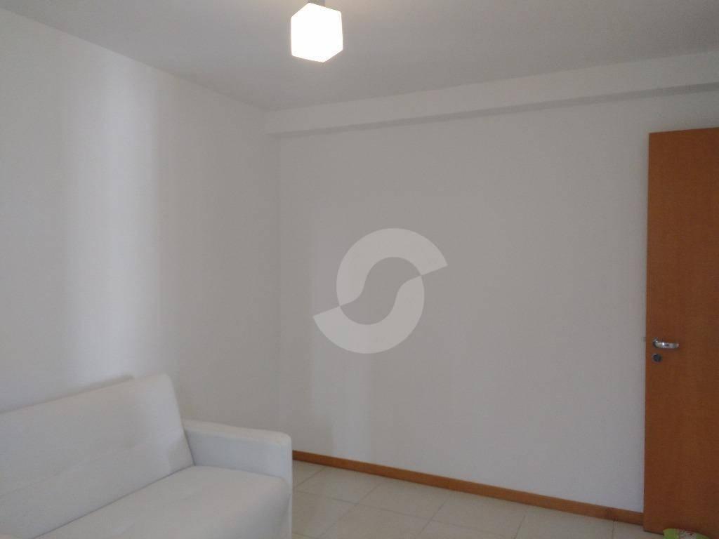 o diferencial que você procura - varanda sala 2 ambientes e 2 suítes com vaga e play club. - ap3919