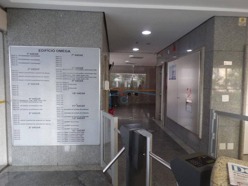 o edifício ômega, edifício comercial localizado entre o metrô são judas e o metrô saúde. ao redor de restaurantes, bares, farmác - cj1944
