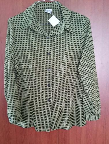 o f e r t a del dia.... hermosa blusa  nueva t12 solo $13,99