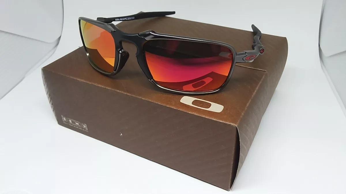 Oakley Badman Oo 6020 Óculos De Sol - R  260,00 em Mercado Livre b3aff79b13