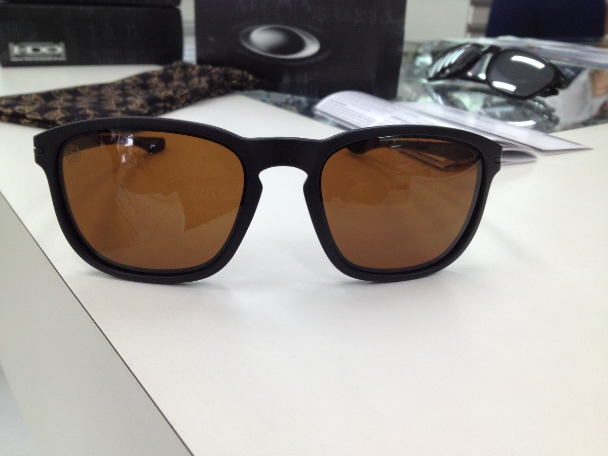 49c39f755f219 Oculos Oakley Enduro 009223-01 Shaun White - R  399