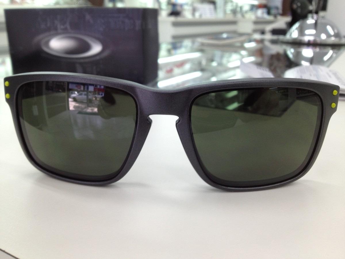 2e015df13a6fc Oculos Oakley Holbrook Steel W  Dark Grey 009102l-38 - R  429,00 em ...