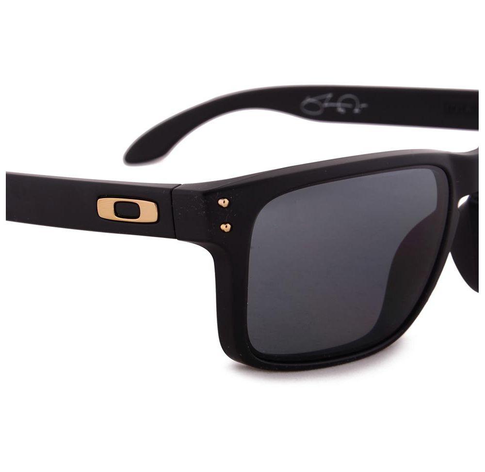 a0dcdba6e204c Óculos Oakley Holbrook Shau Gold Origi  910217 - R  540,00 em ...
