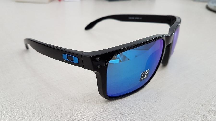 999f14350e oakley holbrook xl polished black   prizm sapphire iridium. Carregando zoom.