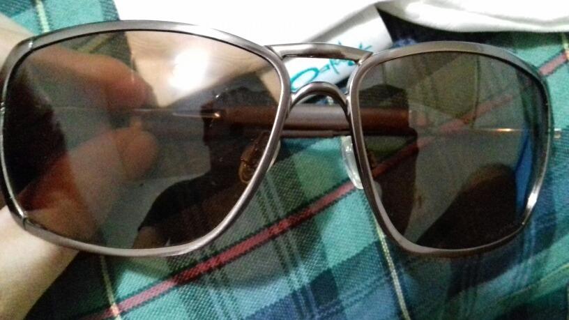 Oculos Oakley Inmate Original Lentes Polarizadas Cor Bronze - R  320 ... e50c31cc3f
