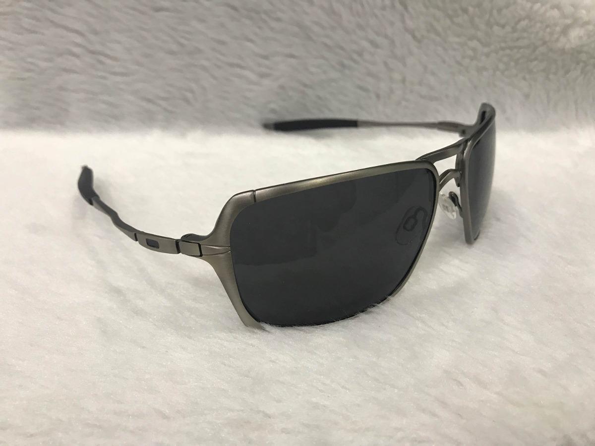 7b7a36e2fe1d2 Óculos De Sol Oakley Inmate Masculino Polarizado Metal - R  120