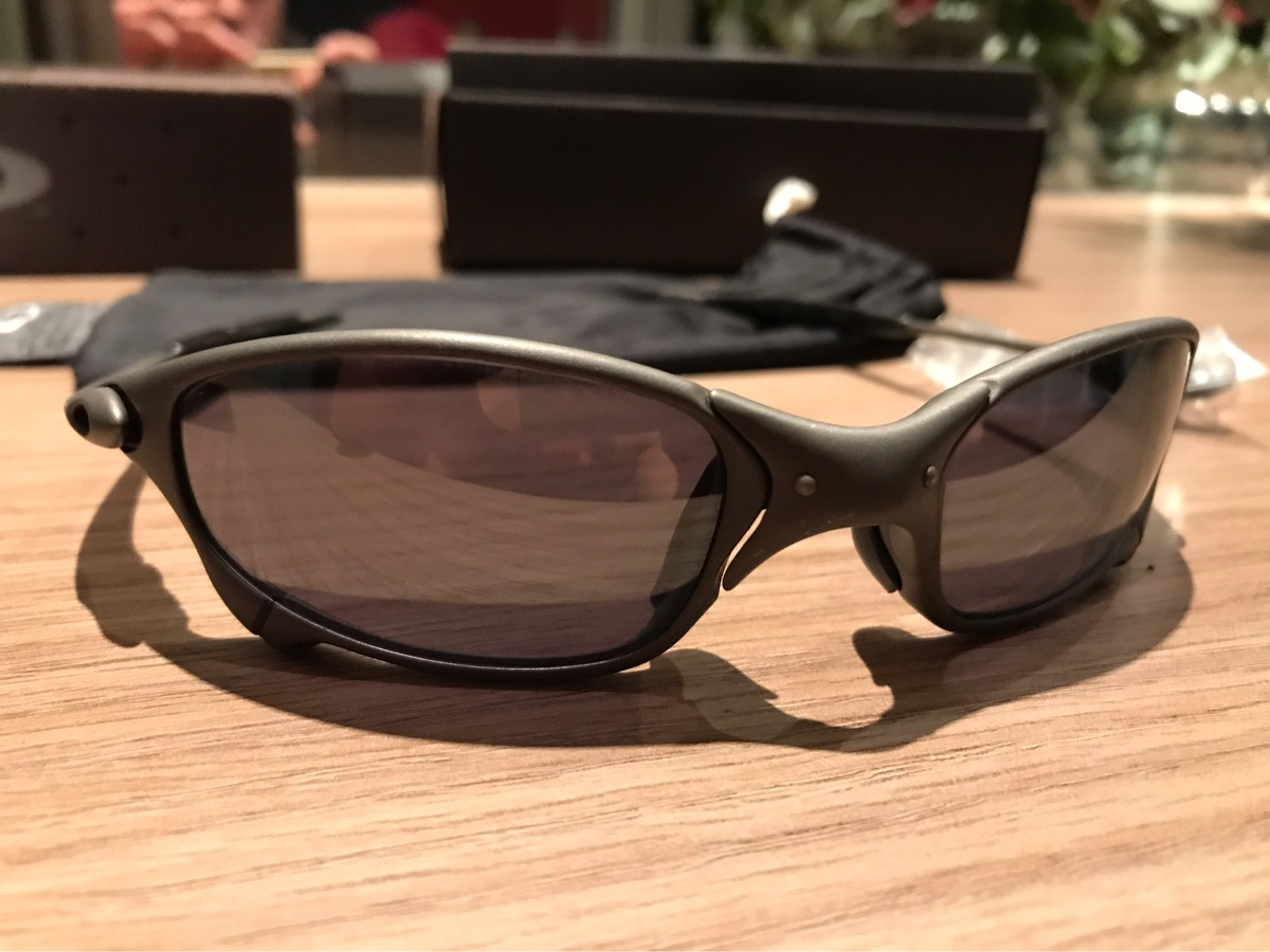 4cc4e2a53c29a Oakley Juliet Preto Original 100% - R  1.799,00 em Mercado Livre