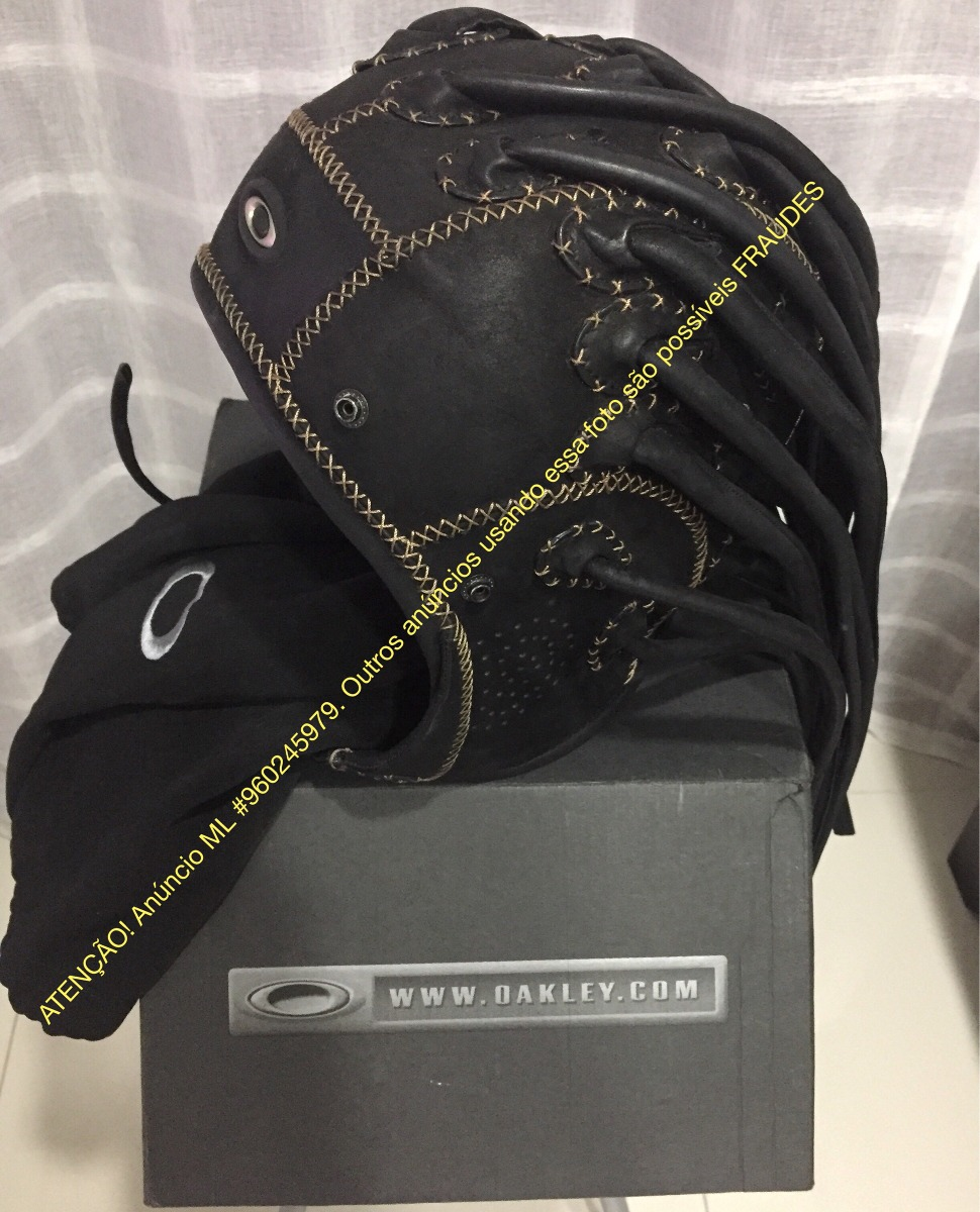 Oakley Medusa Hat Capacete Touca Toca Couro Made In Usa Orig - R ... ab6cb8f791c