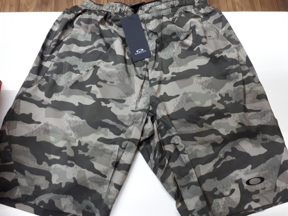 oakley short bermuda pantalones cortos para hombre talla m. Cargando zoom. b4ad41b01360