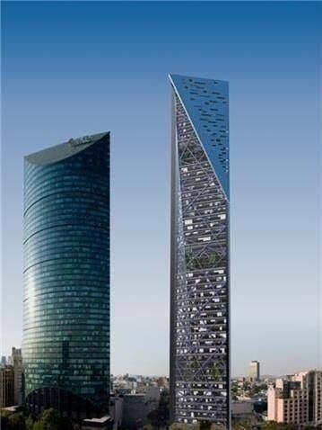 obra gris, plantas de 750 m2 torreref