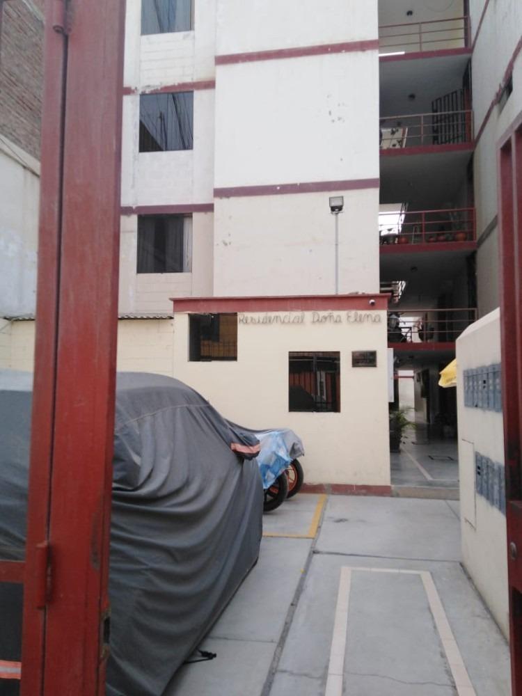 ocasión dpto. en 1° piso en urb. campodónico + cochera.