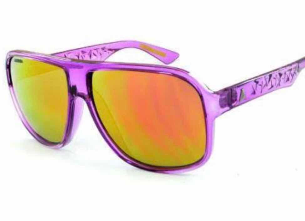 Óculos Absurda Calixto - Original Novo - R  100,00 em Mercado Livre a8a99e973c