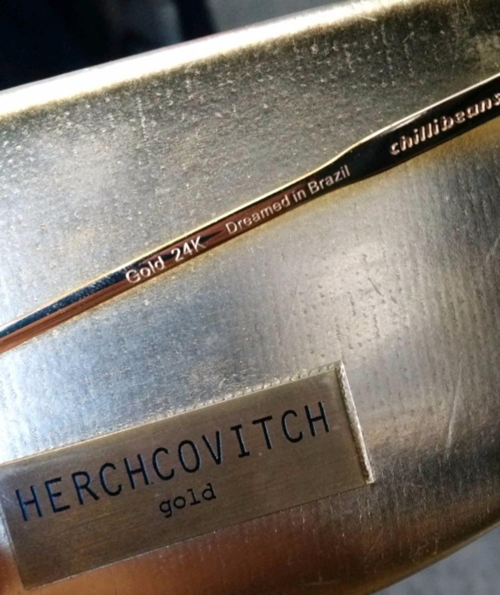 c8316916c3dd6 Óculos Alexandre Herchcovitch Gold 24k Semi Novo - R  200