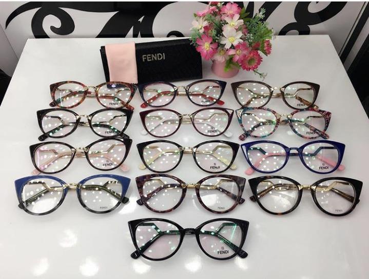 Óculos Armação De Grau Estilo Gatinho Acetato Fem. + Brinde - R  120 ... 378b635811