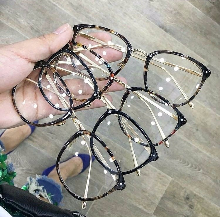 177b8c262dff0 Óculos Armação De Grau Feminino Redondo Geek Metal C  Brinde - R  58 ...