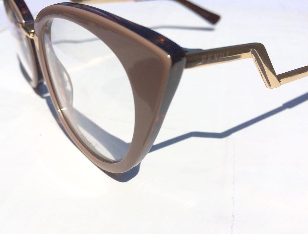 oculos armação de grau fendi feminino em acetato -fe100. Carregando zoom. fc0b7c7687