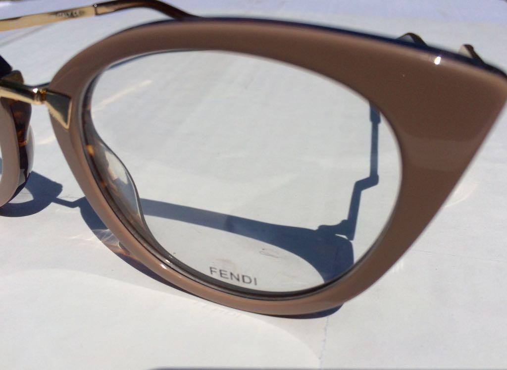 31d94b899b713 Oculos Armação De Grau Fendi Feminino Em Acetato -fe100 - R  135,00 ...