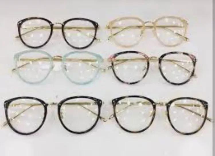 a5717afe21204 Óculos Armação De Grau Quadrado Linda Metal Várias Cores - R  39,00 ...