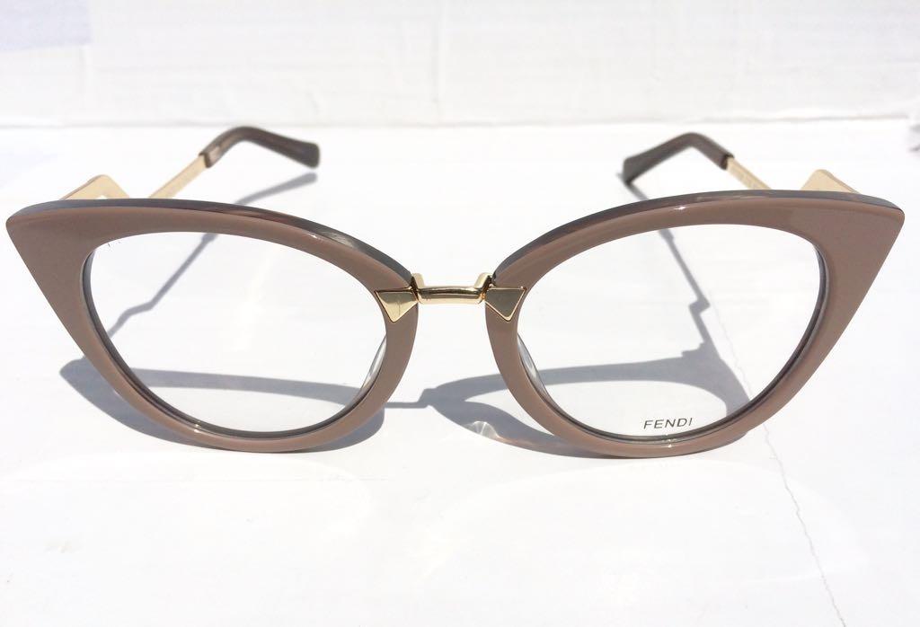 óculos armação fendi de grau modelo gatinho novidade -fe100. Carregando  zoom. a8ebbbfad9