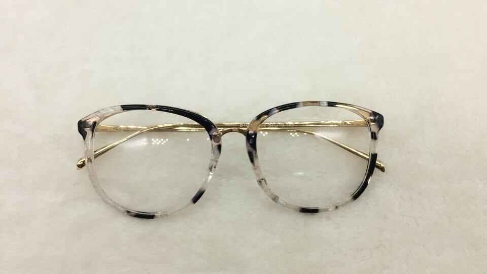 óculos armação grau feminino quadrado geek acetato + brinde. Carregando  zoom. 2ee8e20d87