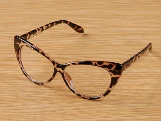 Óculos Armação Vintage - R  56,00 em Mercado Livre 760dcc2a78