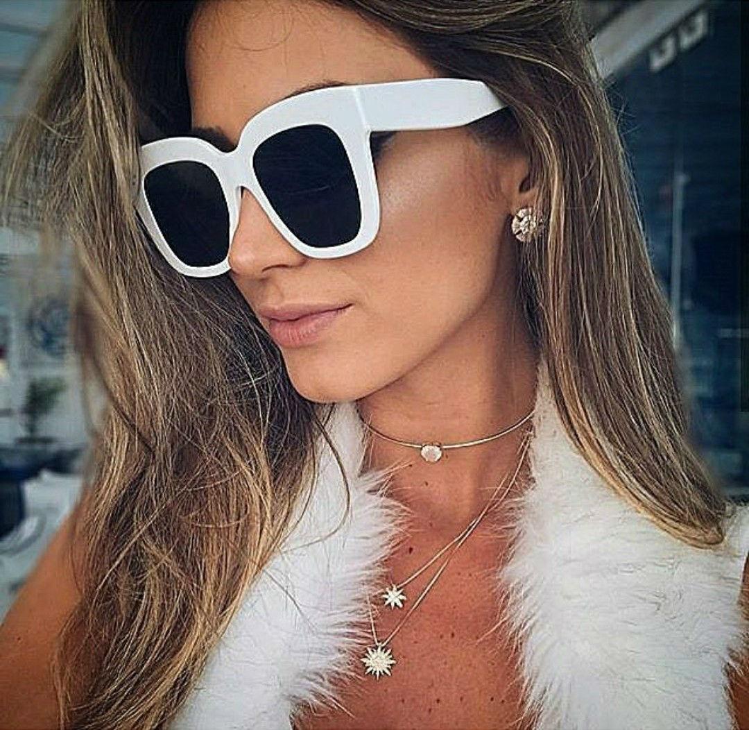 1d37525376fbd óculos branco de sol grande quadrado feminino pronta entrega. Carregando  zoom.