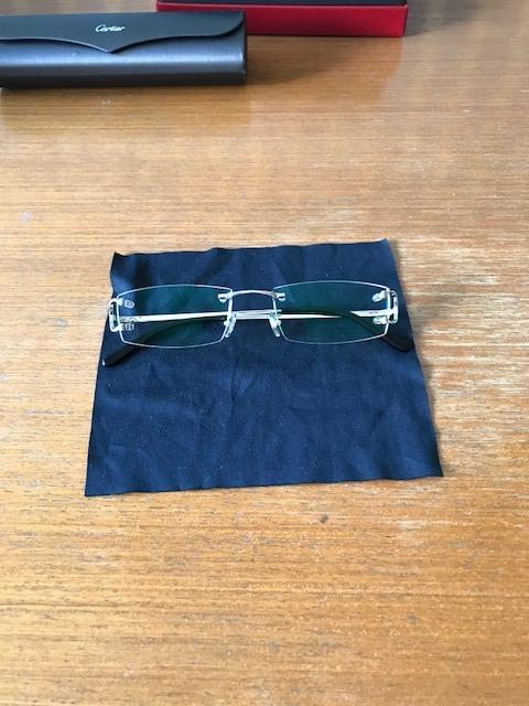 02a9d0acd97 Oculos Cartier Original - Platina - R  5.000