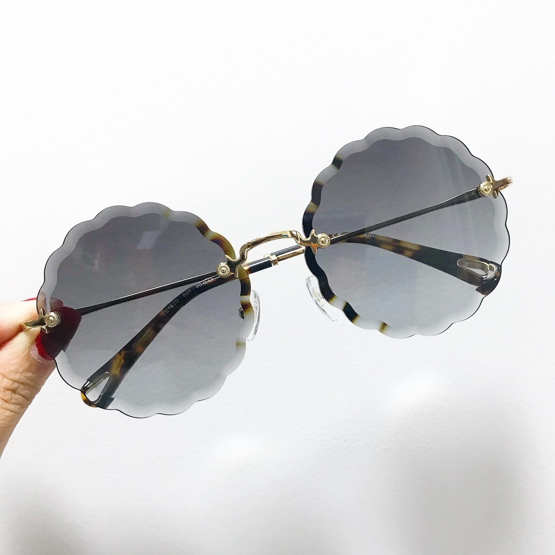 f62da57550fb6 óculos chloé rosie carlina flower feminino de sol. Carregando zoom.