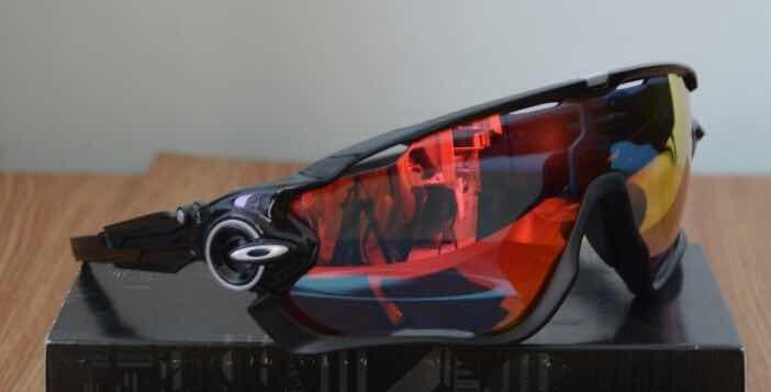 Óculos Ciclismo Oakley Jawbreaker 8 Lentes Fotocromático Top - R  359,00 em  Mercado Livre 394efc3ac4