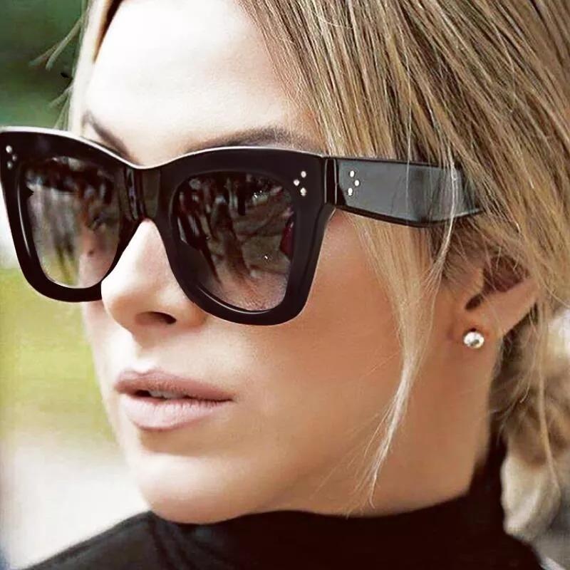 e6beaaaffe7c2 Óculos Clássico Chique Céline Adele Premium Frete Grátis - R  79
