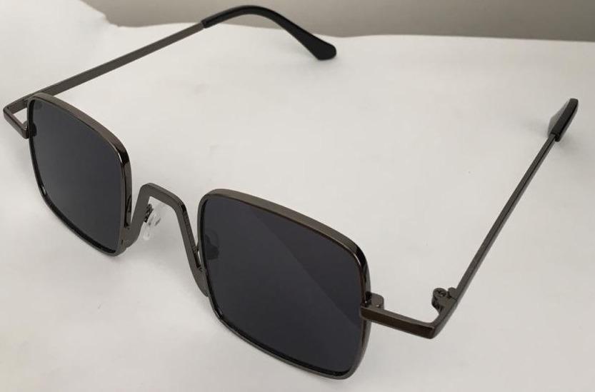 ad6ebed98 óculos colorido pequeno quadrado de sol retrô uv400 vintage. Carregando zoom .
