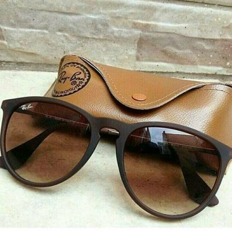 fdc769c38726f óculos d sol ray ban erika rb4171 gatinha marrom feminino. Carregando zoom.