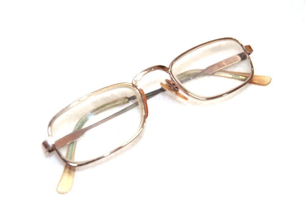 25fef155e Oculos De Grau Antigo Em Otimo Estado - R$ 25,00 em Mercado Livre