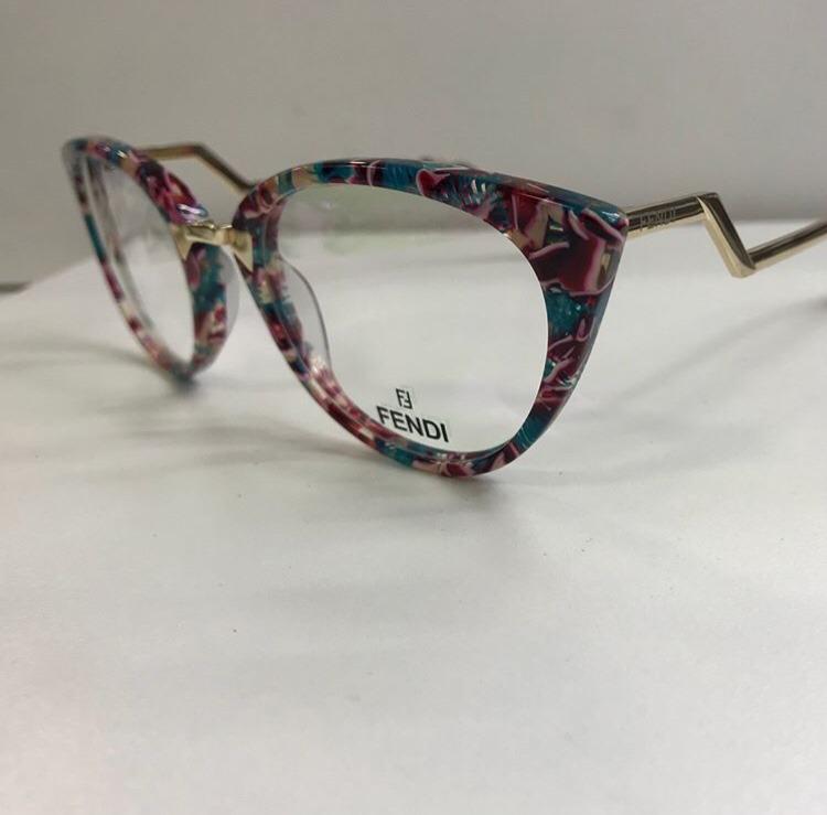 63d1e5c068437 Óculos De Grau Armação Fendi Gatinho Diversas Cores - R  49,99 em ...